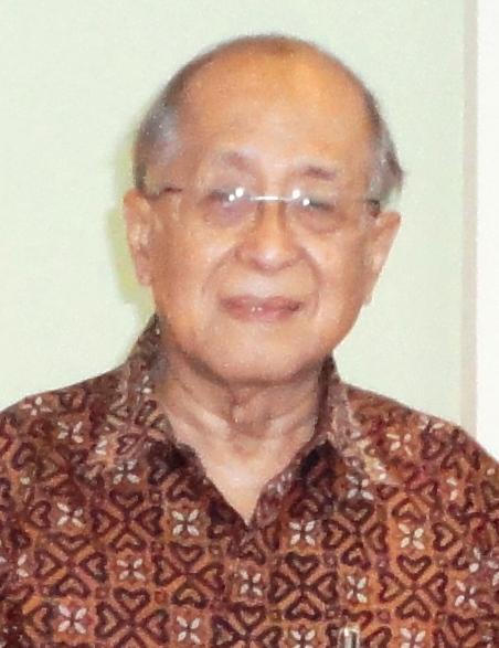 Prof Ariawan.JPG