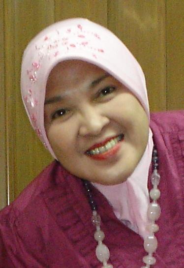 dr Anky Tri Rini.JPG