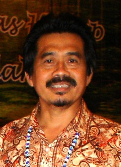 dr Syafak Hanung -1.jpg